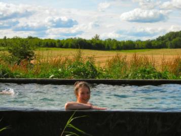 creatieve-vakantie-frankrijk-chauny-in-ecologisch-zwembad