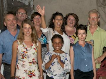 creatieve-vakantie-frankrijk-workshops-zingen-frankrijk-expositie-groepsfoto