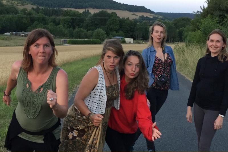 37 Creatieve vakantie Frankrijk boetseren schildervakantie zangvakantie yoga vakantie