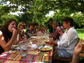 creatieve-vakantie-workshop-frankrijk-dineren-in-de-boomgaard-week-5-8-2012-14