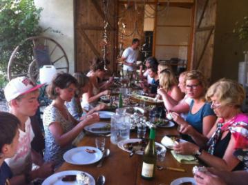 creatieve-vakantie-workshop-frankrijk-dineren-in-de-buitenkeuken-week-5-8-2012