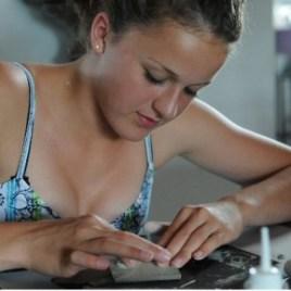 zilveren-sieraden-maken-creatieve-vakantie-frankrijk-artfriends-art-clay-silver-zilverklei-14