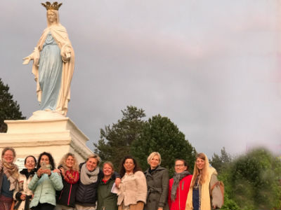 Yoga vakantie Yoga Vrouwen Power stilteloop naar Maria